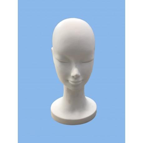Testa donna con volto basso